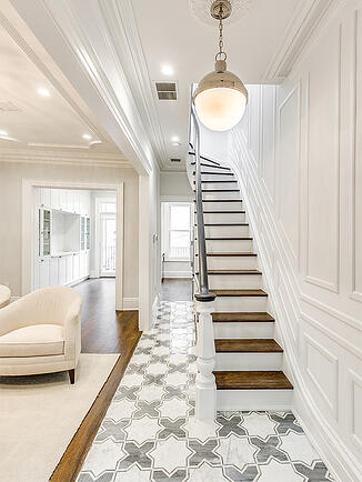 705 Jersey Avenue Tiled Entryway