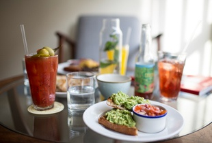 Brunch your way through a sunny Brooklyn day!