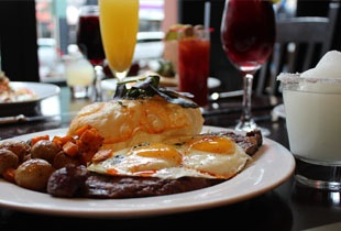 Good food, good friends, good booze = brunch!