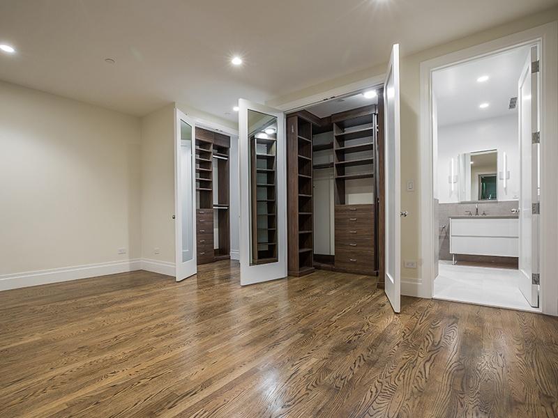 roomy custom closet