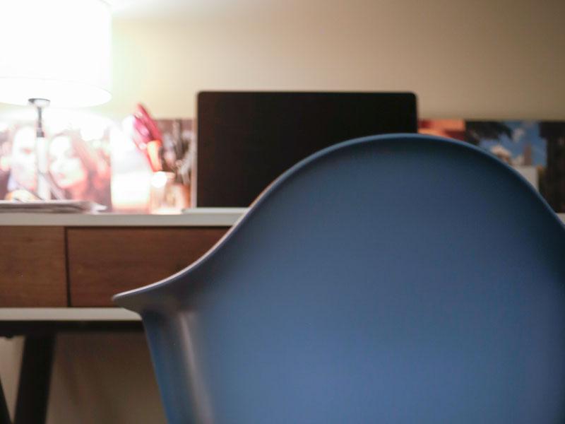 desk_chair.jpg