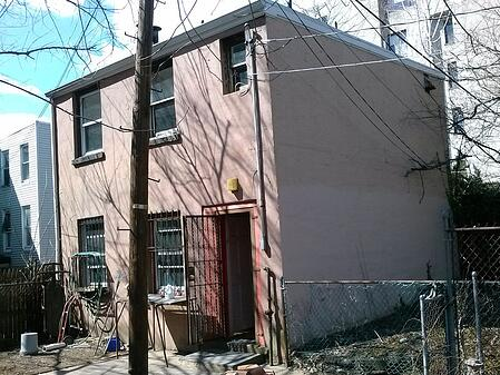 carriage house before reno