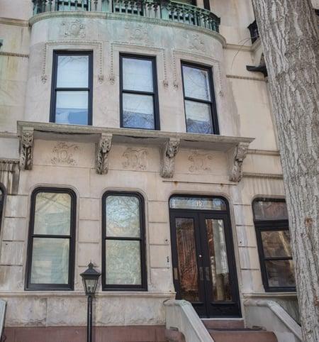 Polhemus Place facade