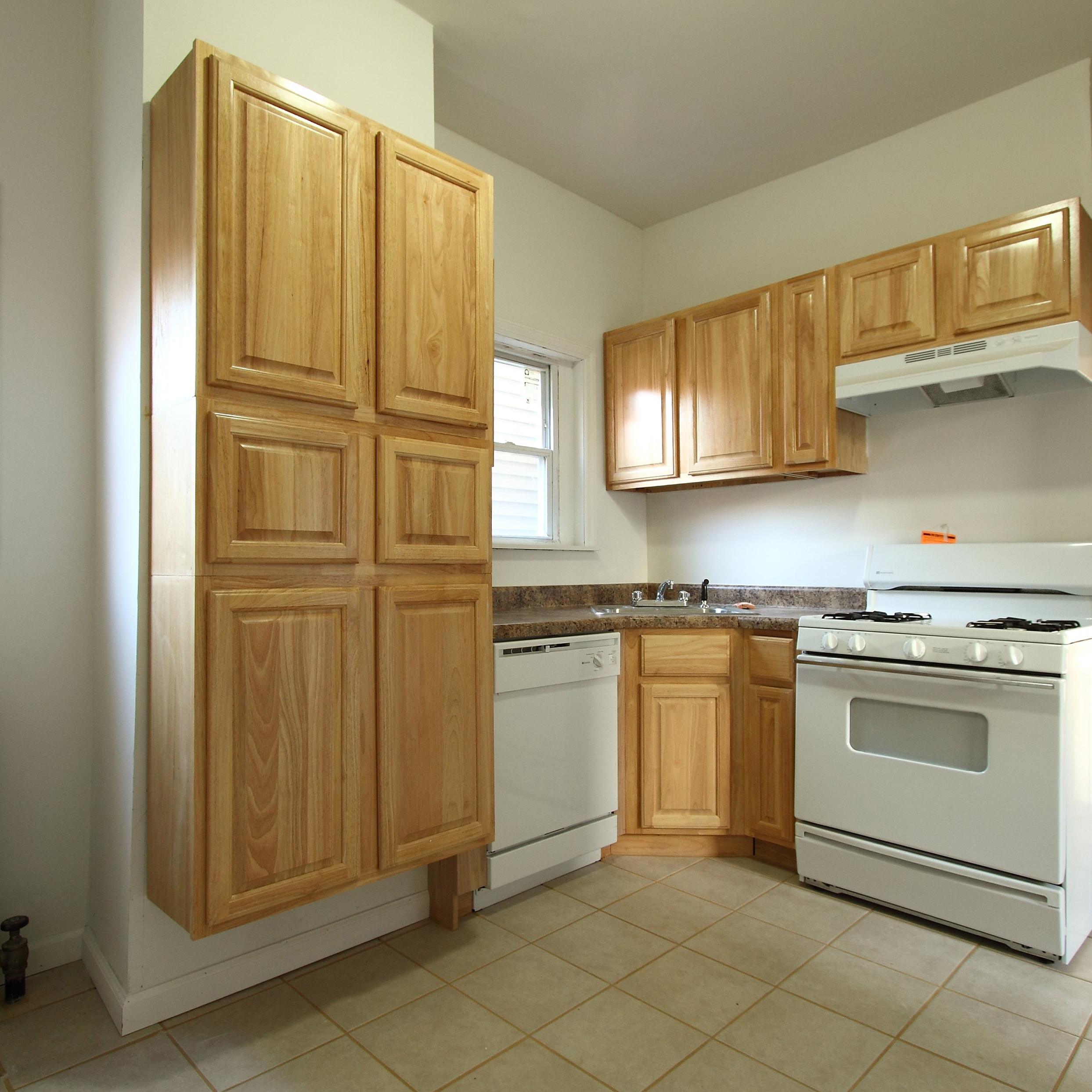 Image of property 136 Dekalb Ave, U1