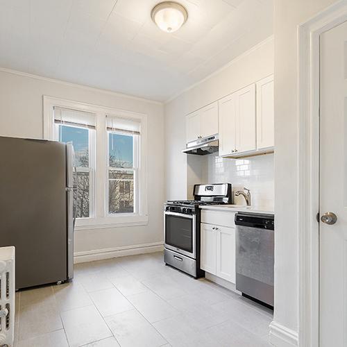 Image of property 138 Terhune Ave, U2