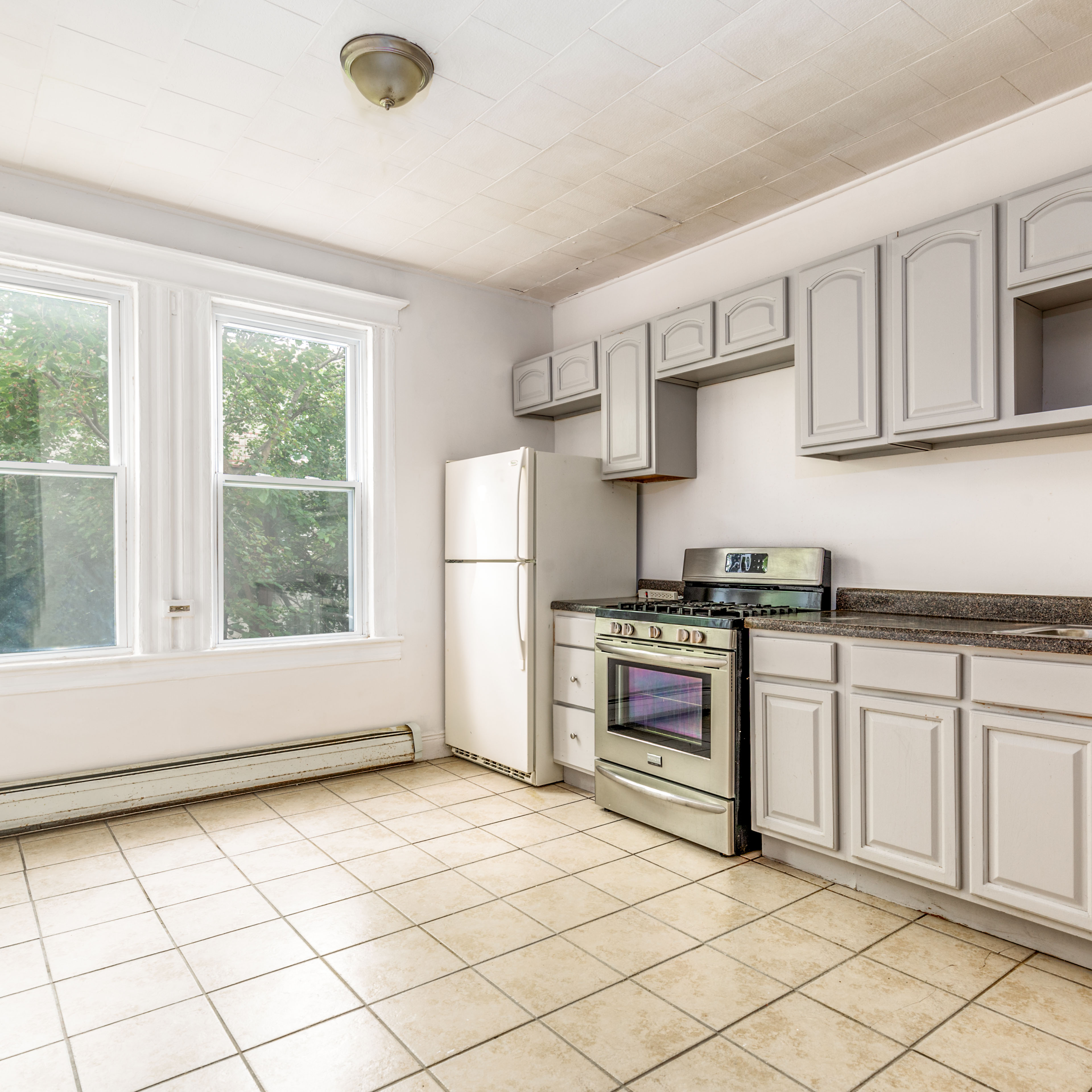 Image of property 153 Myrtle Ave, U2