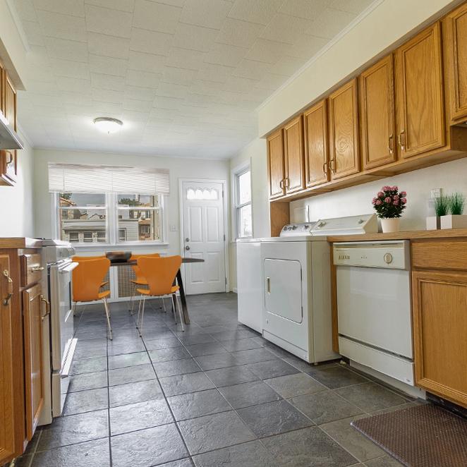 Image of property 306 Neptune Ave, U1