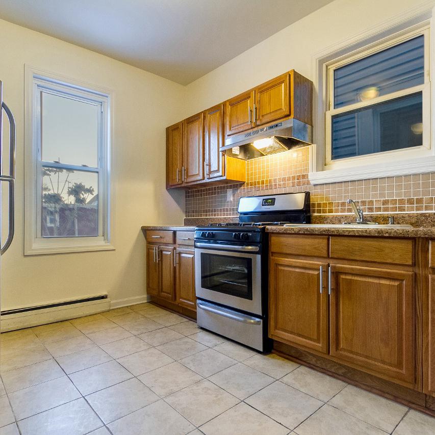 Image of property 397 Union St, U2