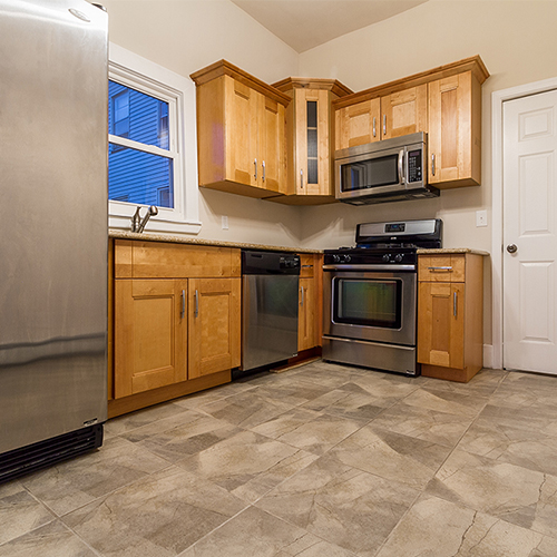 Image of property 42.5 Jewett Ave, U1