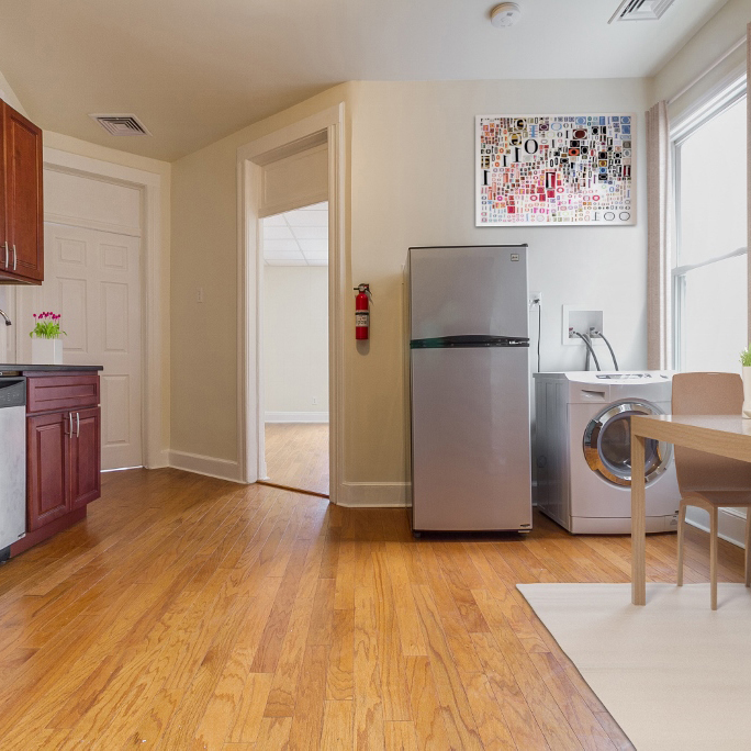 Image of property 45 W 18th St, U4