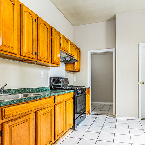 Image of property 590 Bramhall Ave, U1