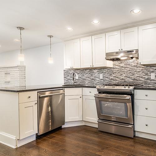 Image of property 590 Jersey Avenue, U1