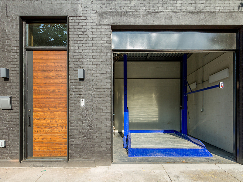 brooklyn-townhouse-two-car-garage